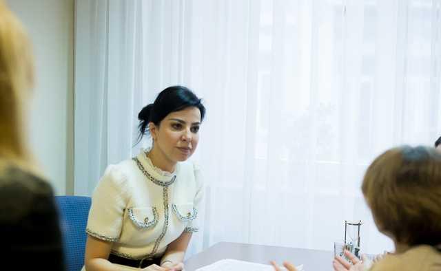 Нардеп Оксана Дмитриева пришла в Раду с сумкой стоимостью 35 тысяч